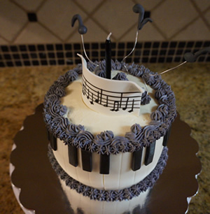Piano Cake by Cubby Cakes