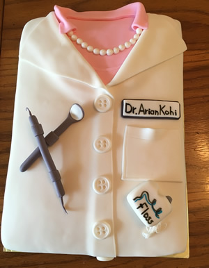 Dentist Coat Cake Click Here To Request A Quote On